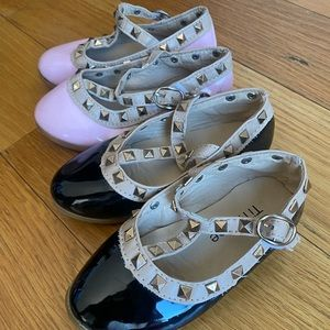 Two pairs CUTE studded shoes